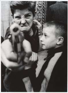 10 lessons from William Klein's street photography Click to read more