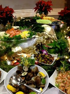 Our Rosen Centre chefs have so much fun with tasty, eye-appealing dishes for our Christmas buffet. We hope you enjoyed it! | Pinned by Rosen Hotels | #Orlando #Florida #hotel