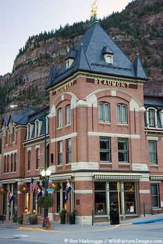 Ouray in the San Juan Mountains, Colorado - this town is so beautiful and quaint. David and I had a great time at Box Canyon Falls here and on the 4 wheel drive trails in the Jeep! Ouray Colorado, Colorado River, Ridgway Colorado, Great Places, Places To See, Beautiful Places, Wild West, Beaumont Hotel, Gates