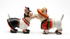 Let's put the fun back in functionality with this cute magnetic salt and pepper shakers set. Made of ceramic with glossy finished. Features superior quality, cool design salt and pepper shakers set is held together with magnets. Salt And Pepper Shrimp, Salt And Pepper Hair, Chi Dog, Salt And Pepper Restaurant, Cute Chihuahua, Salt Pepper Shakers, Stuffed Peppers, Puppies, Ceramics