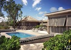Beach Pool by Port of Call and Lubrano Ciavarra Design in Harbour Island, Bahamas Colonial Cottage, Dutch Colonial, Harbour Island Bahamas, Bahamas House, Cedar Roof, Tropical Architecture, Backyard, Patio, Tropical Houses