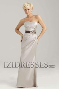 Sheath/Column Strapless Taffeta Bridesmaids Dress