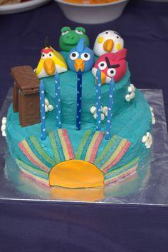 Angry birds birthday cake Angry Birds Birthday Cake, How To Make Cake, Desserts, Food, Deserts, Dessert, Meals, Yemek, Postres