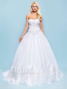 Ball Gown Plus Sizes Wedding Dress - White Court Train Sweetheart Organza - USD $ 159.99