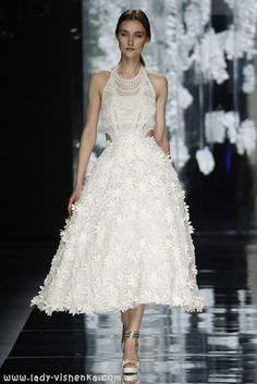 Kurze brautkleider 2016 Foto YolanCris  Alle Fotos in dem Artikel über Brautkleider http://de.lady-vishenka.com/bridal-dress-2016-yolancris/