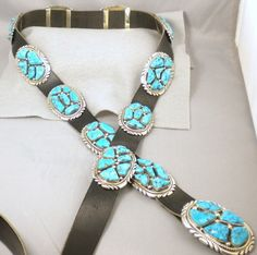 This gorgeous nugget concho belt is made by Native American Zuni prize winning artistsRobert and Bernice Leekya. This is top of the line Zuni work. Robert and Bernice Leekya are famous for their beautiful blue turquoise nugget jewelry. | eBay!