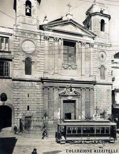 NAPOLI storica - Tram a Montesanto