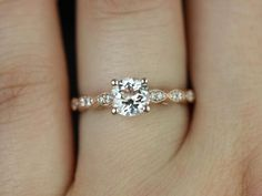 simple vintage gold engagement ring