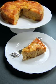 DELISH! Pressure Cooked Upside-down Apple and Ricotta Cake | hip pressure cooking