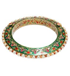 Northern India ~ Lucknow | Bangle; gold on a 'lac' core, enamelled and set with diamonds in gold 'kundan' wire wired basra pearls | ca. 18th century || ©Sue Ollemans