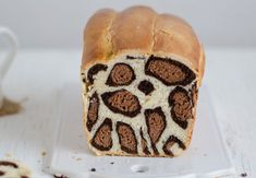 The difference from other Cake Recipes is that it has leopard pattern. :] Leopard Cake Recipe will leave a lasting and indispensable taste on the palates with its magnificent flavor .Informations About Diğer Kek Tarifleri 'nden farkı leopar desen Leopard Cake, Bread Bun, Mini Cheesecakes, Bakery Recipes, Turkish Recipes, Beautiful Cakes, Nutella, Baked Goods, Deserts