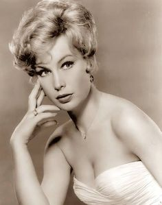 Barbara Eden Vintage Photo