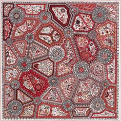 2015 S/S | Chemins Secrets | Giant scarf in silk twill plume, hand-rolled (140 x 140 cm) | Ref. : H432937S 06 Corail/Blanc/Noir