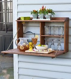 This would be super cool for potting up plants on the side of the house where I don't have a flat surface.