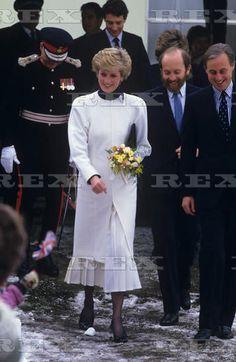 January 20, 1987 Princess Diana at Tadworth Court Hospital for Children, Tadworth, Surrey, Britain