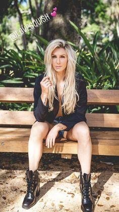 Divas Wwe, Charlotte Flair Wwe, Wwe Women's Division, Wwe Girls, Wwe Ladies, Wwe Female Wrestlers, Raw Women's Champion, Wrestling Divas, Lisa