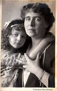 Queen Marie of Romania and her last daughter, Princess Ileana of Romania, later Arcduchess of Austria & Hungary. Princess Alexandra, Princess Beatrice, Princess Victoria, Queen Victoria, Michael I Of Romania, Romanian Royal Family, Adele, Queen Ii, Young Prince