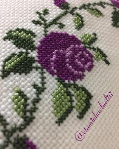 Image may contain: 1 person Cross Stitch Borders, Cross Stitch Rose, Cross Stitch Flowers, Flower Embroidery Designs, Hand Embroidery, Elsa, Knitting Patterns, Diy And Crafts, Sewing
