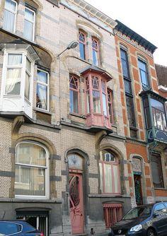 Bruxelles art nouveau (Belgique), rue de Belle Vue / Bellevue straat by Marie-Hélène Cingal, via Flickr