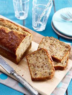 Süß, saftig und sooooo lecker: Buttermilch-Kuchen. Die locker-leichte Leckerei für heiße Sommertage. Und auch für danach. 16 Buttermilch-Kuchen Rezepte.