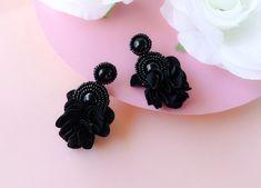 Black Circle Beaded Floral Rhinestone Earrings - Lux Store DR
