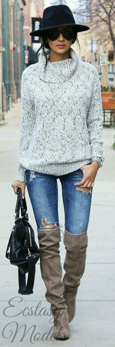 casual and cozy look // Fashion Look by Far From Ordinary Fashion Mode, Look Fashion, Fashion Outfits, Fashion Trends, Fall Fashion, Fashion Tips, Street Fashion, Fashion Ideas, Womens Fashion