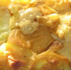 Potato Bake Recipe Before baking boil large potatoes for 30 mins or medium/small for 20 mins. Best Potato Bake Recipe, South African Recipes, Ethnic Recipes, Braai Recipes, Oven Dishes, Side Dishes, Potato Sides, Sliced Potatoes, Best Dishes