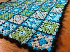 I made this for a baby boy :) Baby Boy, Blanket, Knitting, Crochet, Diy, Image, Crochet Hooks, Blankets, Tricot