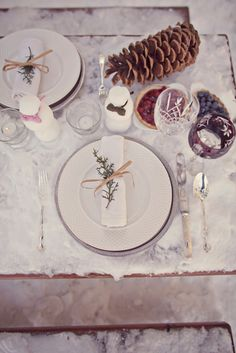 winter wedding tabletop inspiration just in case I need to push my wedding back to December.