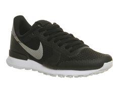 Nike Nike Internationalist Black Metallic Silver White - His trainers