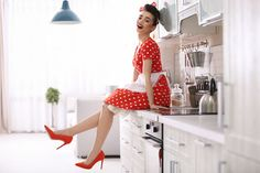 Rockabilly Fashion, Rockabilly Style, Pink Backdrop, Vintage Housewife, Cute Cafe, Retro Images, Domestic Goddess, Adobe, Pin Up Girls