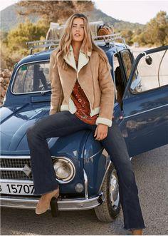 Με used look και φθαρμένες περιοχές. Μήκος ποδιού (εσωτερική μέτρηση) περίπου 81,5 εκ. Από 82% βαμβάκι, 17% πολυέστερ, 1% ελαστάν. Chelsea, Fall Trends, Fall Winter Outfits, Neue Trends, Mantel, Hair Styles, Jeans, Womens Fashion, Casual