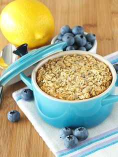 Lemon and Poppy Seed Baked Oatmeal | The Breakfast Drama Queen