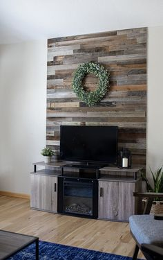 Beautiful Reclaimed Barn Wood Planks can now be easily installed in your home. We offer Reclaimed Barn Wood Planks for walls. Shop Wood Planks online now and add to your cart! Wood Plank Art, Wood Plank Walls, Wood Planks, Palet Wood Wall, Diy Wood Wall, Pallet Walls, Pallet House, Pallet Tv, Pallet Ideas