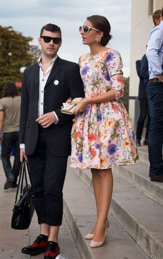 Street Style, Paris: 31 photos from the first day outside Spring 2014 fashion week Street Style Looks, Street Style Women, Spring Fashion, Fashion Show, Women's Fashion, Stylish Couple, Fit N Flare Dress, Dressed To Kill, Material Girls