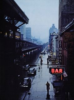 """View from an elevated train platform. New York City. c Esther Bubley, Third Avenue, New York, 1951 """" Lower Manhattan, Manhattan Nyc, 1940s Photos, Old Photos, Vintage Photos, New York City, A New York Minute, Porto Rico, Voyage New York"""