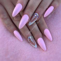 #nails #pinknails #swarovskinails #swarovski #naildesigns