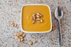 low fat, gluten free Roasted Ginger Butternut Squash Soup- the perfect Thanksgiving starter. Soups For Kids, Kids Meals, Lunch Recipes, Soup Recipes, Paleo Dairy, Winter Soups, Butternut Squash Soup, Soup And Salad, Soups And Stews