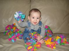 Fleece projects for babies - Google Search Fleece Crafts, Fleece Projects, Baby Crafts, Sewing Toys, Baby Sewing, Sewing Crafts, Sewing Projects, Crafty Projects, Gingham Fabric