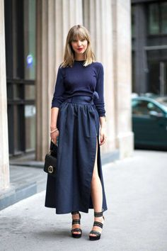 How to wear head-to-toe navy, red, yellow and more monochromatic outfit ideas here: