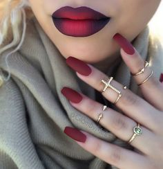 50 Coffin Nail Art Ideas-Achieve a sophisticated and sensual look by adding a trend to a trend. Matte maroon nail polish works best on these elongated coffin nails. And then partner it off with a matte maroon and black ombre lips to complete the look. Matte Maroon Nails, Red Nails, Hair And Nails, Matte Red, Burgundy Nails, White Nails, Maroon Lipstick, Purple Nail, Gradient Nails