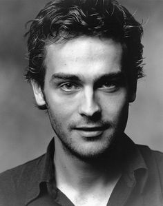 Tom Mison (to be in new show Sleepy Hollow!)