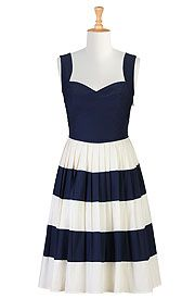 Fifties colorblock dress. Lots of cute vintage clothing at this site
