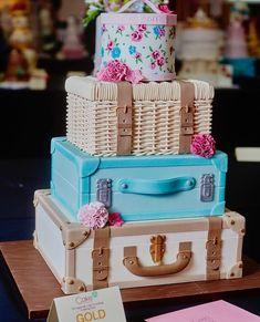 Graduation or exploration party cake Lane Cake, Cake & Co, Cake Art, Fondant Cakes, Cupcake Cakes, Travel Cake, Cake Blog, Specialty Cakes, Novelty Cakes