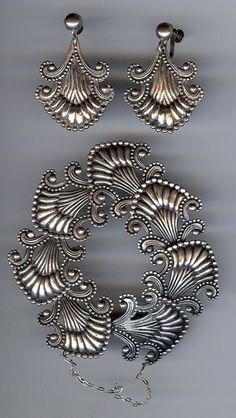 HILARIO LOPEZ VINTAGE MEXICO STERLING SCROLL BRACELET & EARRINGS. Margot de Taxco design