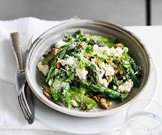 Warm asparagus salad with walnuts, Parmesan, lemon and olive oil - Australian Gourmet Traveller recipe for warm asparagus salad with walnuts, parmesan, lemon and oliv - New Recipes, Vegetarian Recipes, Cooking Recipes, Healthy Recipes, Warm Salad Recipes, Recipies, Asparagus Salad, Asparagus Recipe, Parmesan Asparagus