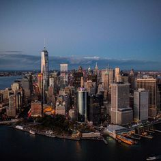 Lower Manhattan at dusk by@roon@flynyon @nyonair #nyc
