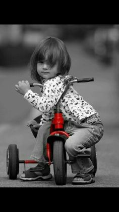 """little red tricycle color """"splash"""" Black And White Background, Black White Red, Black And White Pictures, Red And Grey, Gray, Red Pictures, Splash Photography, Color Photography, Black And White Photography"""