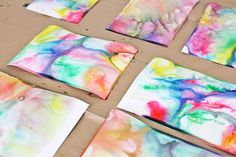 Science & Art for Kids: Marbled Milk Paper - Babble Dabble Do Diy For Kids, Crafts For Kids, Arts And Crafts, Diy Crafts, Preschool Crafts, Creative Activities, Art Activities, Milk Science Experiment, Marble Painting