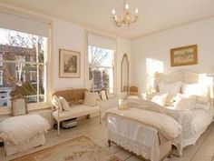 such a classy bedroom ! i love the soft colours